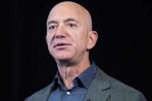 Bezos e Musk più ricchi con la pandemia