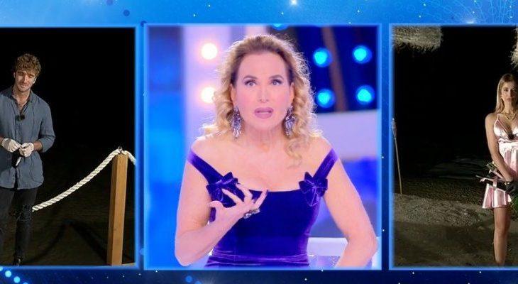 Live, Barbara d'Urso smaschera in diretta Paolo Ciavarro e Clizia Incorvaia: 'Una sceneggiata'