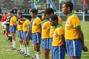 Pelé: trailer, trama e cast del film sul calciatore brasiliano