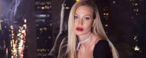 Taylor Mega: 'Da ragazzina sono stata vittima di violenza'