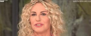 Antonella Clerici e il ritorno della 'borra' che crea imbarazzo in studio