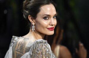 Angelina Jolie torna alla regia per un biopic