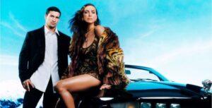 """Il sogno di """"viaggiare"""" in nuova campagna Versace"""