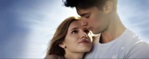 Il sole a mezzanotte, trailer trama e cast del film con Bella Thorne