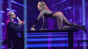 Jennifer Lopez regina indiscussa degli AMA con la sua performance super sexy (VIDEO)
